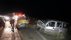 Tekirdağda iki araç çarpıştı: 7 yaralı