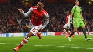 Arsenalin yıldızını istiyor