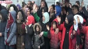 Semiha Yıldırım, Halepe giden yardım konvoyunun uğurlanma törenine katıldı