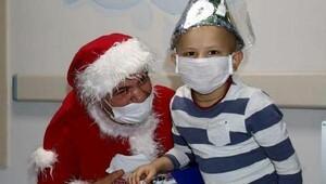Kanser hastası çocuklara yılbaşı eğlencesi