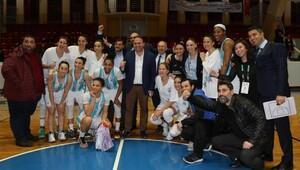 Adana ASKİ Sporda galibiyet sevinci
