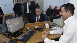 Çipli kimlik başvuruları Antalyada başladı