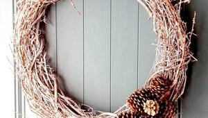 Kış mevsimine özel kapı süsleri