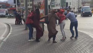 Bursa'da şiddetli lodos zor anlar yaşattı