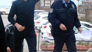 Düzcede 2 genç, Cumhurbaşkanına hakaretten tutuklandı