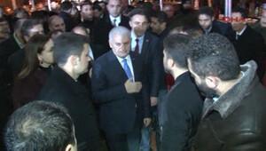 Başbakan Yıldırım'dan, şehit polisin ailesine taziye ziyareti