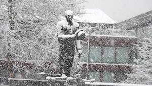 Düzcede kar yaşamı etkiledi