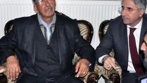 Şehit Ömer Halisdemirin babası, şehit Fethi Sekinin ailesine taziyede bulundu