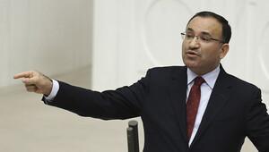 Bekir Bozdağ: Bu teklifle parlamento kaldırılmıyor, güçleniyor