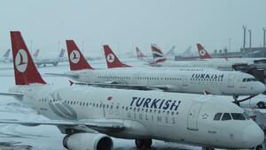 Esenboğa'da uçuşlar iptal