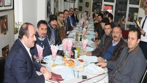 AK Parti ve HAK-DA Hakkarideki gazetecileri unutmadı