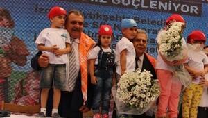 İzmirde tarım kooperatiflerle büyüdü
