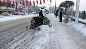 Edirnede belediyenin karla mücadelesi 6 gündür sürüyor