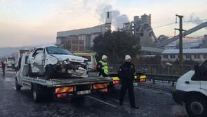 İzmirde 3.5 saatte 85 kaza oldu