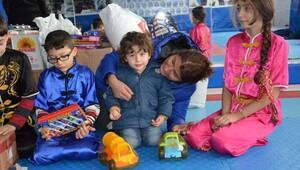 Halepteki çocuklar da oynasın