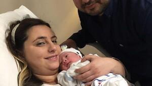 Korkut ailesinin Aslan bebek sevinci