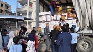Nizipte öğrencilerden Suriyeye yardım