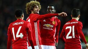 Manchester United, Fellaini için kararını verdi