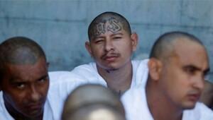 Çeteler savaşının sürdüğü El Salvadorda 24 saattir hiç cinayet işlenmedi