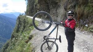 Adrenalin peşinde bir kadın ve 54 ülke