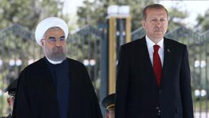 Ruhani: Türkiye'yle birlikte terörü ortadan kaldırmayı temenni ederim
