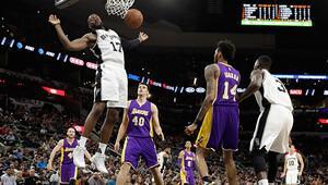 Spursten Lakersa 40 sayı fark