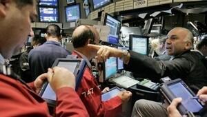 Kredi notu düşme riski altındaki ülke sayısı giderek artıyor