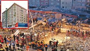 1 yıl önce boşaltılan bina çöktü