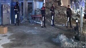 Zeytinburnundaki çöken binadan yaralı kurtuldu, olay anını gözyaşlarıyla anlattı
