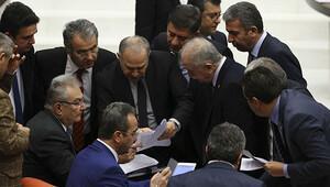 Anayasa değişikliği teklifinin 12., 13. ve 14. maddeleri kabul edildi
