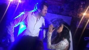 Tarık Akan'ın oğlu Barış Üregül, önceki akşam şarkıcı Asya Engin'le evlendi