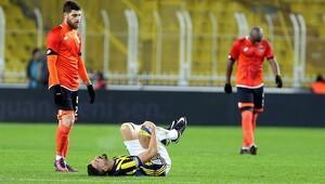 Fenerbahçede Mehmet Topal şoku