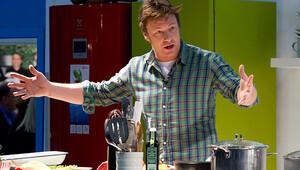 Dünyaca ünlü İngiliz aşçı Jamie Oliverın Mc Donaldsa açtığı dava sonuçlandı