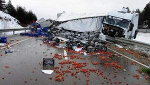Afyonda 11 araçlık zincirleme kaza: 18 yaralı (2) - Yeniden
