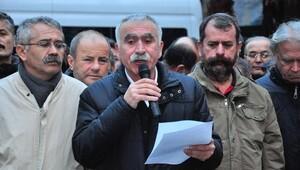 Laik eğitim eylemine katılanlara açılan davayı protesto ettiler