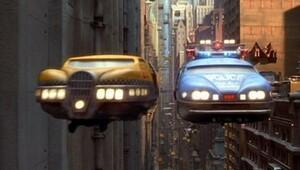 Uçan otomobiller sene sonu geliyor