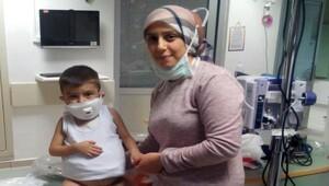 Karaciğer ve böbrek nakil bekleyen çocuğu için bakanlıktan kolaylık bekliyor
