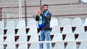 Süper Lig ekibinin taraftarı tribünde tek başına
