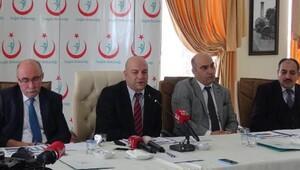 Prof. Dr. Erdoğan: Hastalar sorunları bakanlık, başbakanlık ve cumhurbaşkanlığına ulaştırıyor