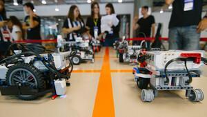 Öğrenciler sömestrde robot tasarlayacak