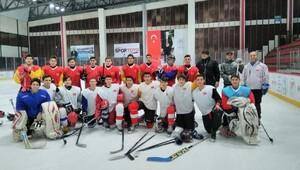 Buz Hokeyi milli takımı Ankarada çalışmalarına başladı