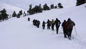 Şehitler anısına kış tırmanışı