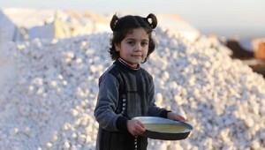 İHHdan Suriye kampında günlük 1800 kişiye sıcak yemek