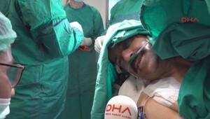 Ameliyatta şarkı söyledi, çıkınca keman çaldı