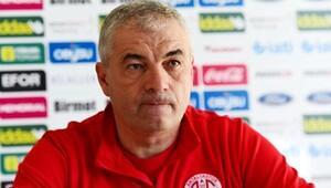 Antalyaspor teknik direktörü Çalımbaydan TFFye maç saati ricası