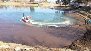 Baraj gölünde temizlik