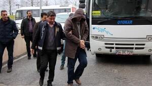 Sakaryada 36 sağlık personeli ve polis adliyeye sevk edildi