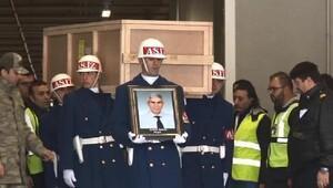 Düşen uçaktaki mürettebatın cenazeleri İstanbula getirildi (2)