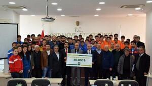 Osmaniyede amatör futbol kulüplerine maddi destek