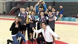 Yükseliş hentbolde Antalya şampiyonu